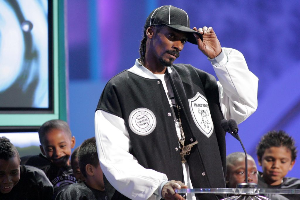 Snoop Dogg Signs On As Spokesperson for Israeli Cannabis Startup Seedo